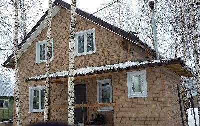 Fasadnye paneli CANADARIDGE faktura Tesanyj kamen 525 x 645 mm bezhevyj 2